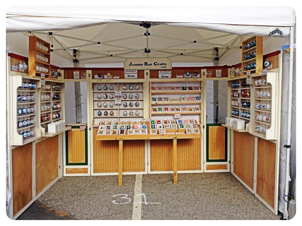 Jeanne Rae Crafts' Booth #31 in Lincoln, NH